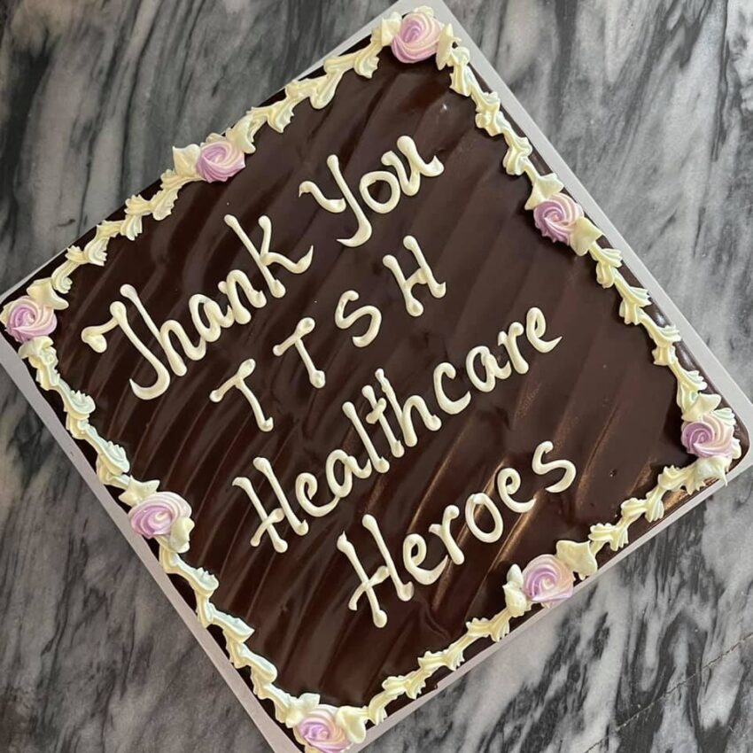 cakes for healthcare workers